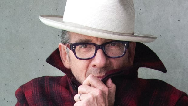 ElvisCostello_by_James_OMara