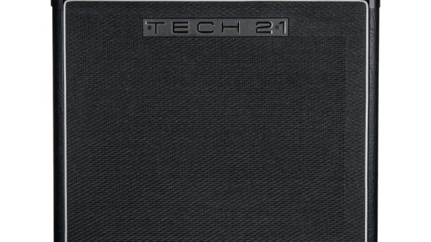 tech21_powerengine_deucedeluxe