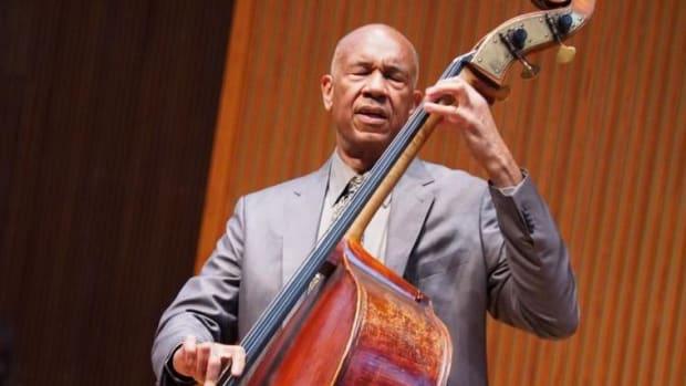 john-clayton-jazz-bassist-2_0