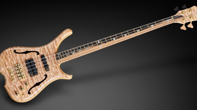 Watch The Making of a Warwick Infinity NT Custom Bass