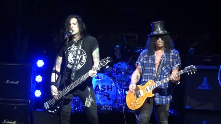 "Slash Announces Live Album ""Living The Dream Tour"" With Todd Kerns on Bass"