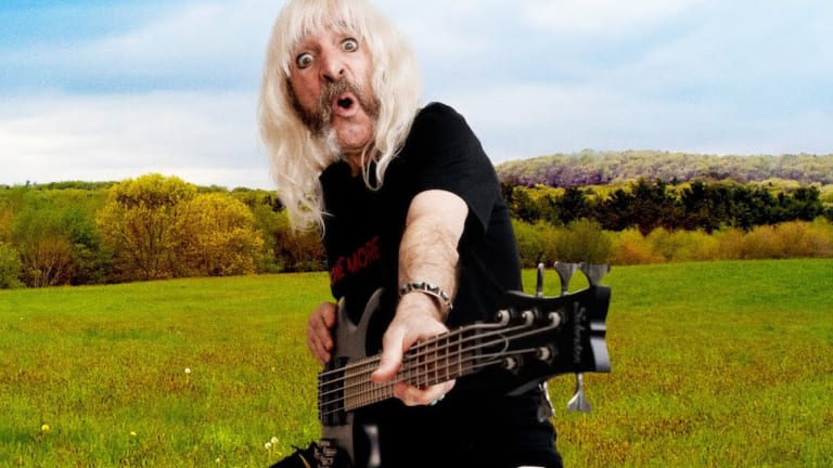 Derek Smalls of Spinal Tap Announces Lukewarm Water Live! Tour