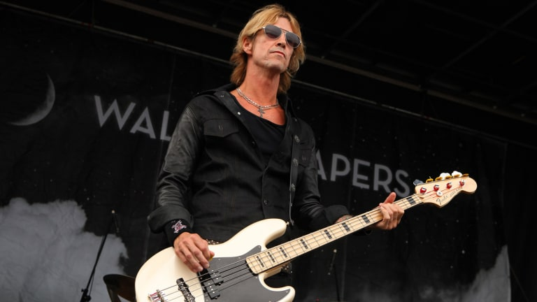 "Duff McKagan Releases Video For New Single ""Don't Look Behind You"""