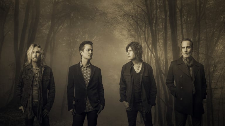 """Stone Temple Pilots Announce First Ever Acoustic Album """"Perdida"""" and Tour"""