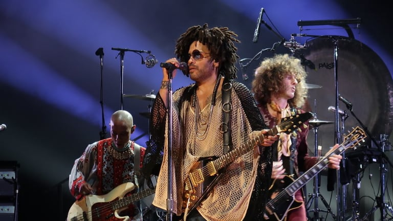 Lenny Kravitz Extends World Tour In North America With Gail Ann Dorsey on Bass