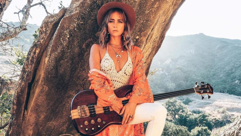 "Mai Leisz Pays Tribute to David Crosby With New Cover of ""Guinnevere"""