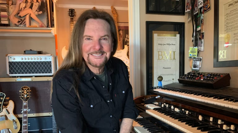 ClearOne Aura Helps Styx' Bassist Ricky Phillips Maximize Online Collaboration