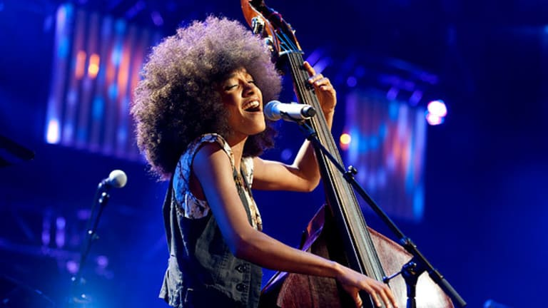 Esperanza Spalding wins Grammy for Best Jazz Vocal Album