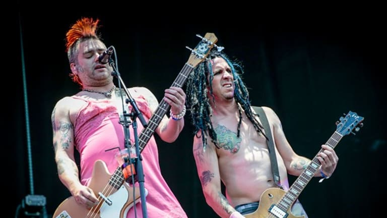 "NOFX Premieres ""The Decline Live at Red Rocks!"" With Live Q&A With Fat Mike"