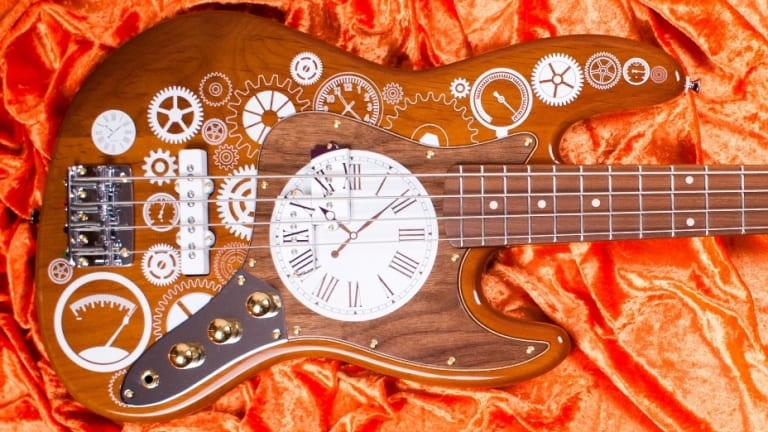 Bite Guitars Releases The Time-Stand-Still Bass