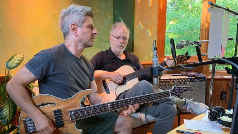 Mike Gordon and Leo Kottke Unveil First Tour Together in 16 Years