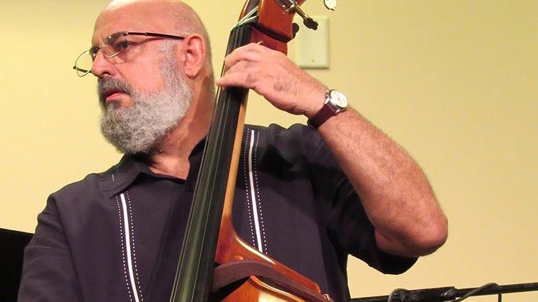 Bassist Mauricio J. Rodriguez to Release Latin Jazz Album 'Luz'