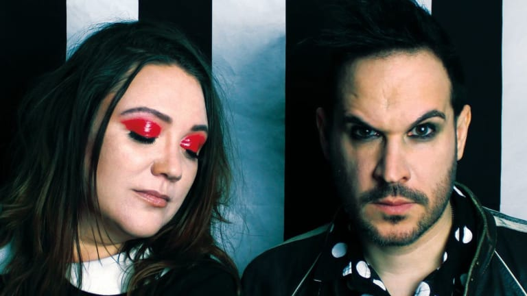 Post-Punk Bass Duo Bellhead Announce New EP 'Dead Lights'