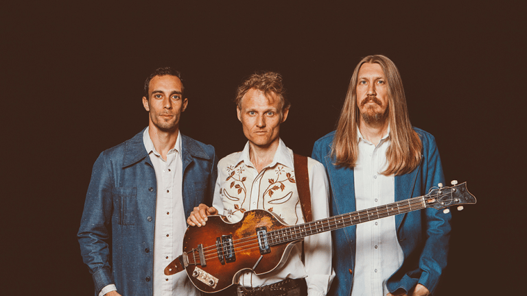 "The Wood Brothers Release ""Cry Over Nothing"" Second Single From New Album 'Kingdom In My Mind'"