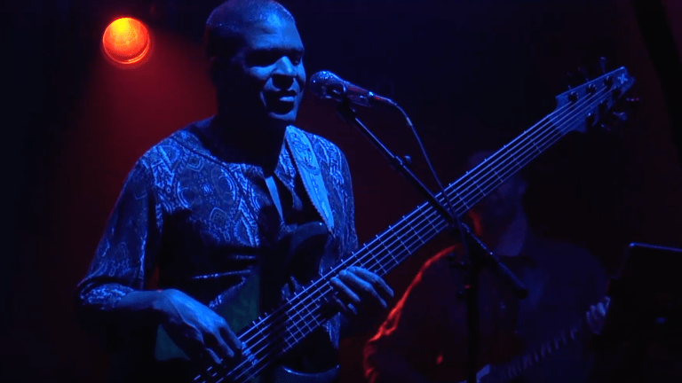 Warren Haynes Presents: Dreams & SongsA Symphonic Journey with Oteil Burbridge on Bass