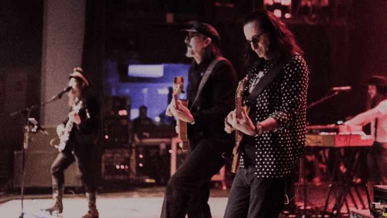 "Watch Geddy Lee Join The Claypool Lennon Delirium On Stage to Perform The Beatles' ""Tomorrow Never Knows"""