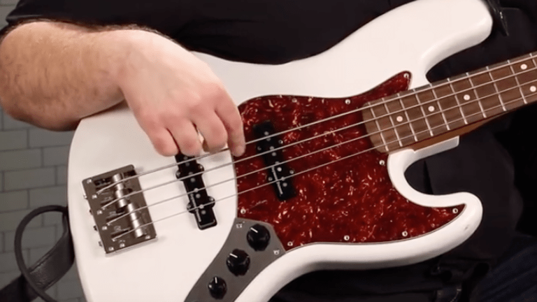Seymour Duncan Compares Jazz Bass Pickup (Video)