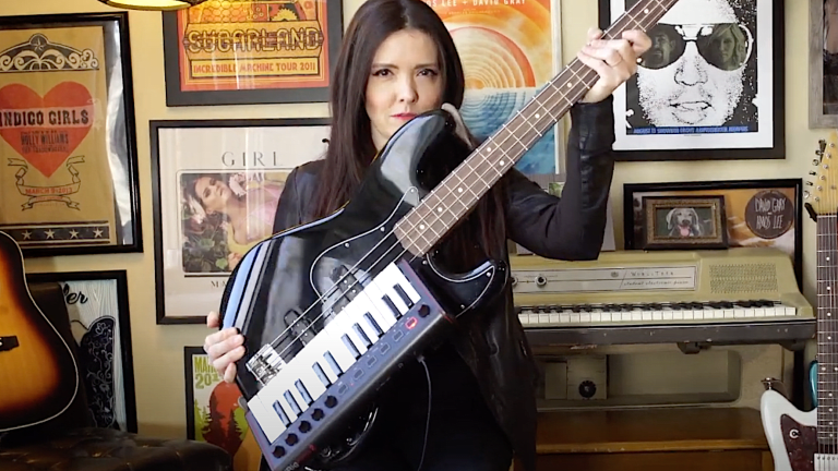 """Annie Clements Showcases Her Electric/Key """"Bass of the Future"""" (Watch)"""