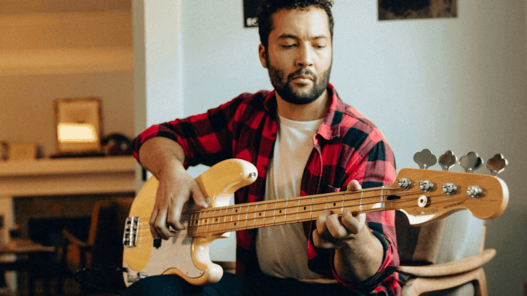 Fender Announces Free Fender Play for 1 Million Users