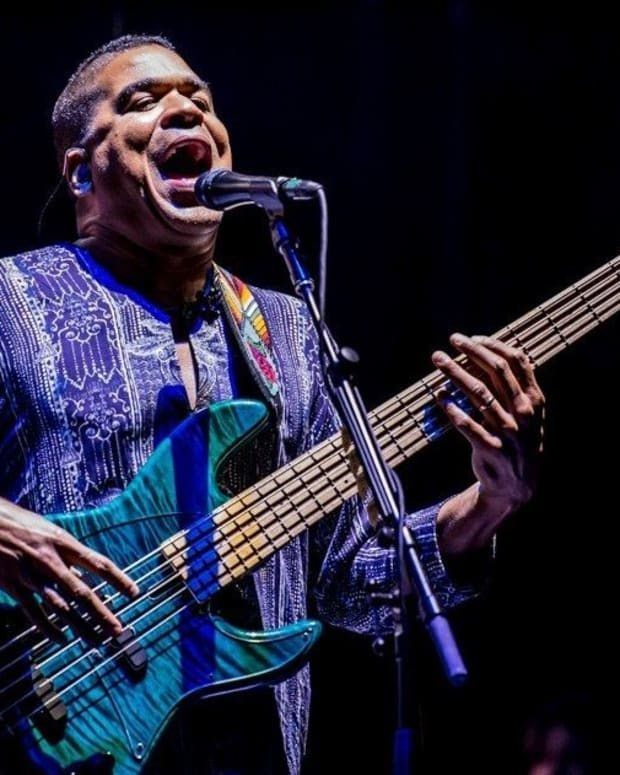 oteil-burbridge-lockn-rawn-crop-1200x632