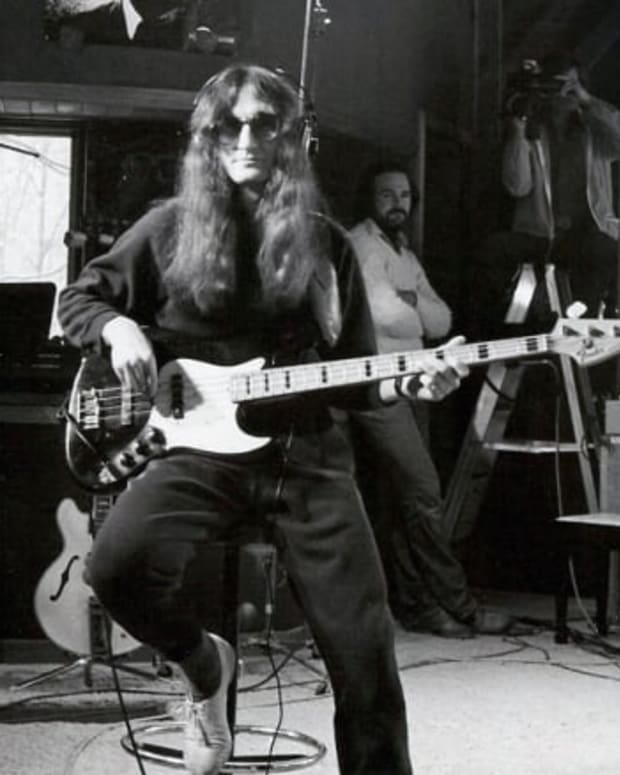 rush-lead-singer-geddy-lee