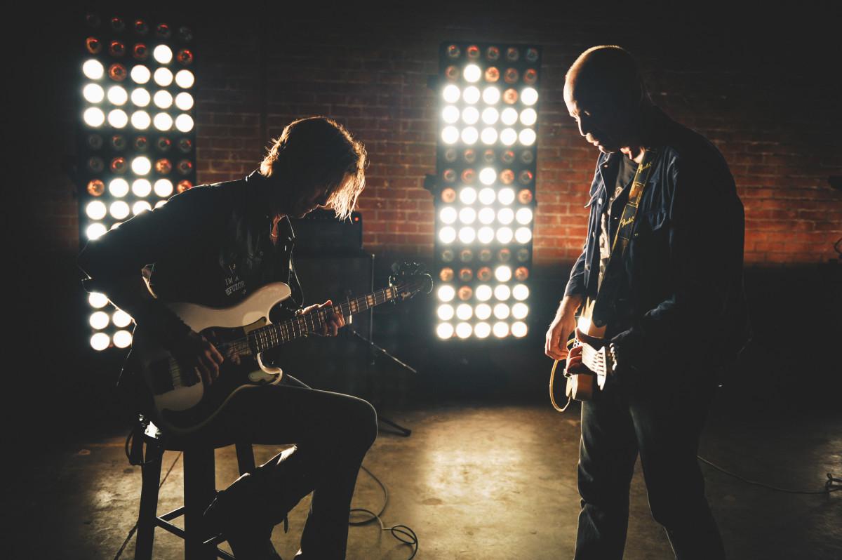 Fender_Duff_Lifestyle_035