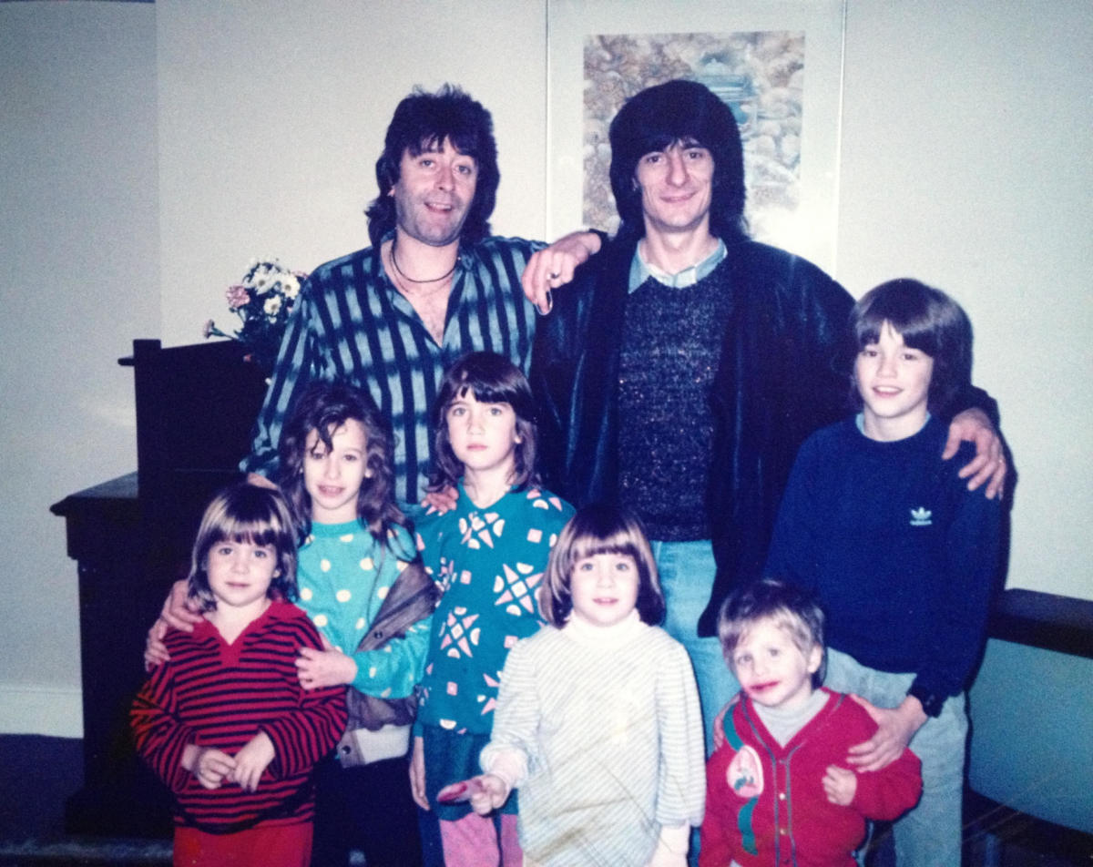 Kim Gardner, Ron Wood and their children