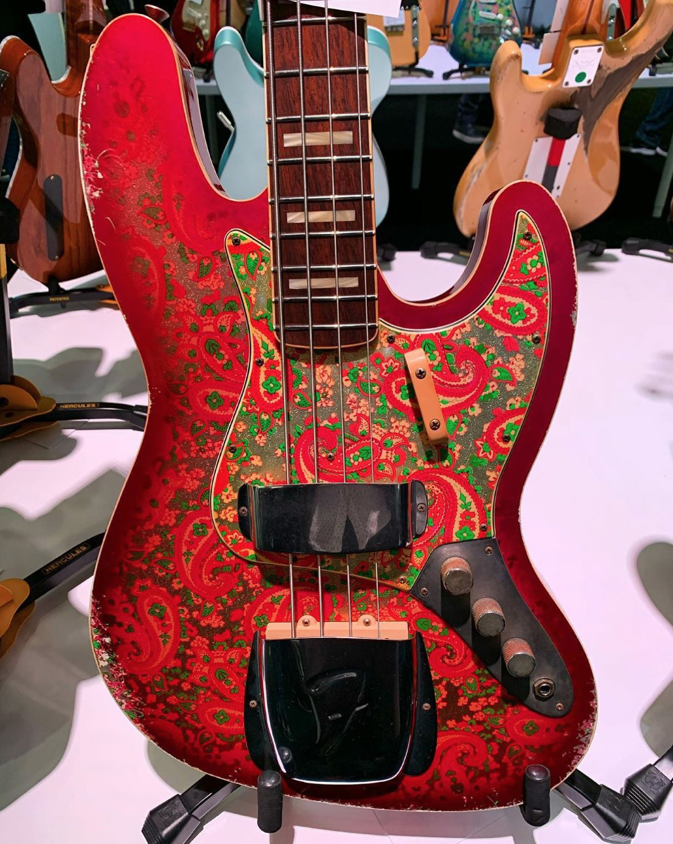 A Fender Pink Paisley '60s Jazz Bass relic.