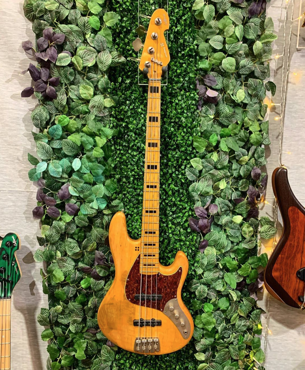 A Sandberg California TT Limited Edition Bass