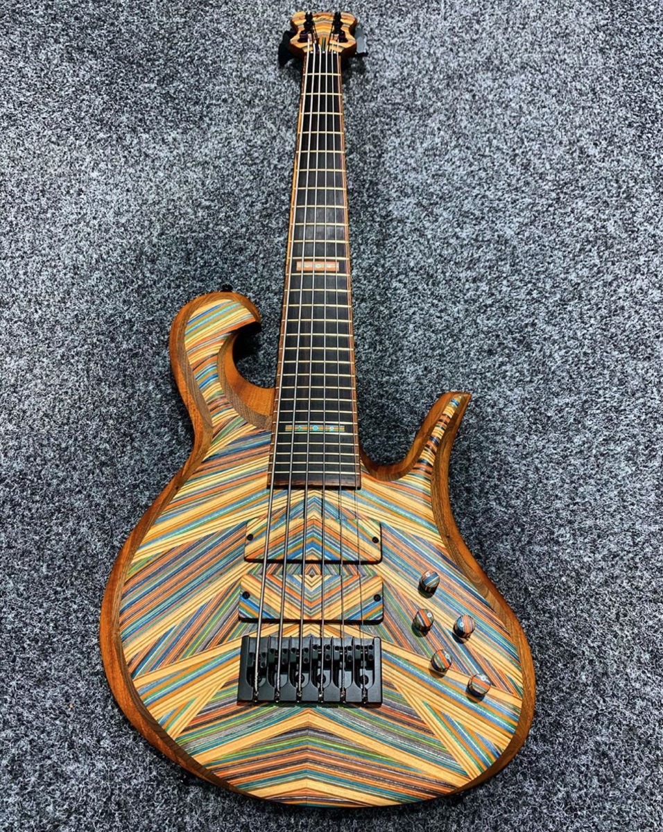 """A Hilton Guitars 6-string 32"""" Bass."""