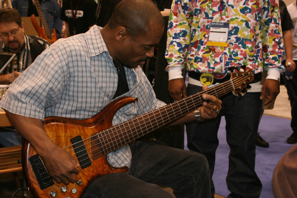 Joel at NAMM 02