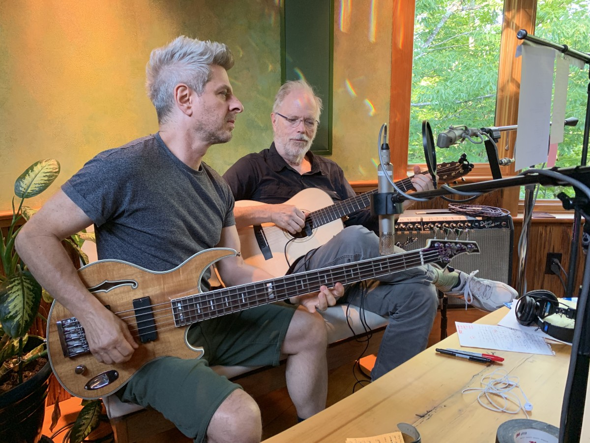 Gordon and Kottke in the studio