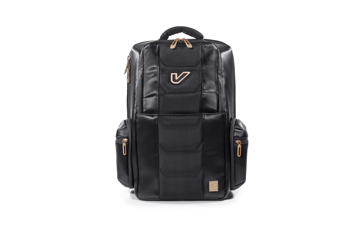 Club_Bag_Front_VB02_DKD_1