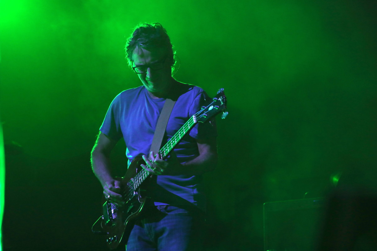 Stone Gossard of Pearl Jam swapping roles with Jeff Ament for a song